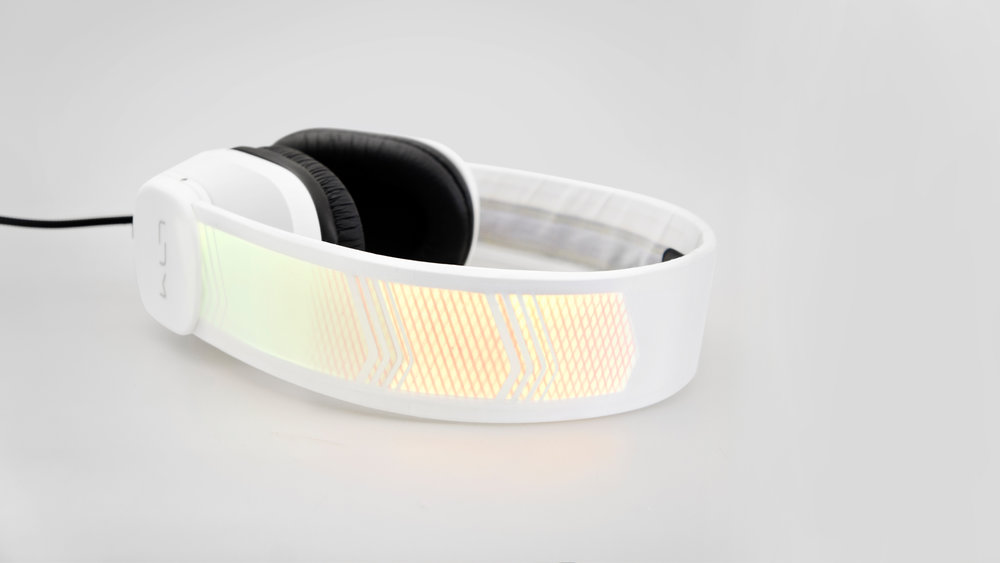 LTM Headphone-Prototype-studio shot-5_1920x1080.JPG