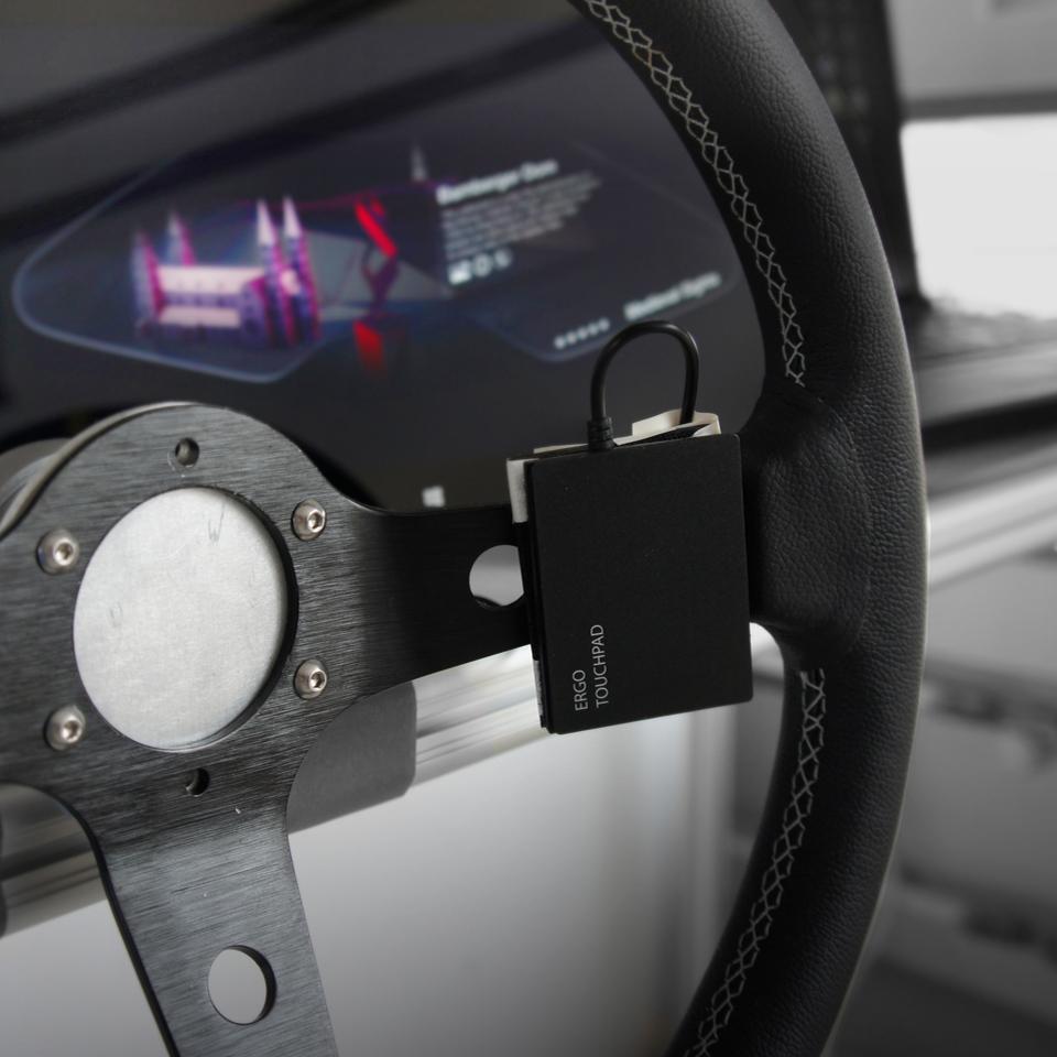 Car UI cockpit_PF_Square-7_960x960.JPG