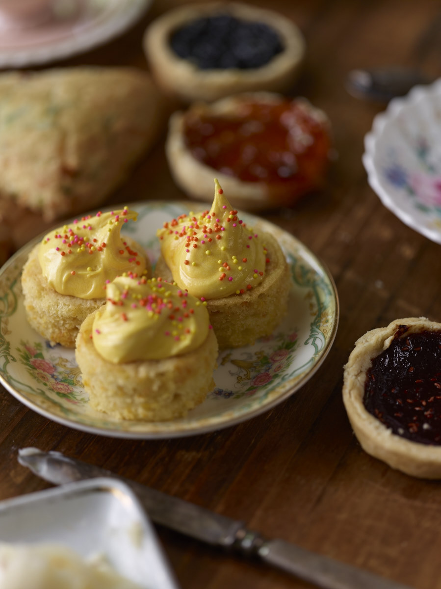 Jam-Tarts-Scones-Fairy-Cakes-10