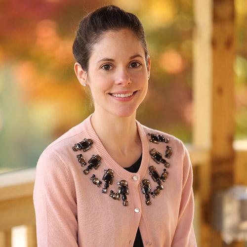 Sarah Taylor Gillespie    Spanish & ESL    ✉︎ stgillespie@millerschool.org ☏ 434-823-4805, ext. 217