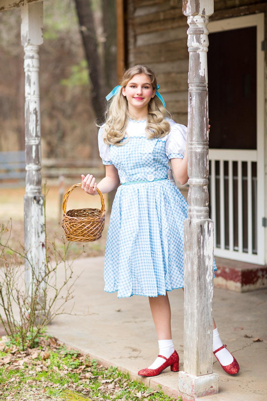 Sicily Hawley-Hayes as Dorothy
