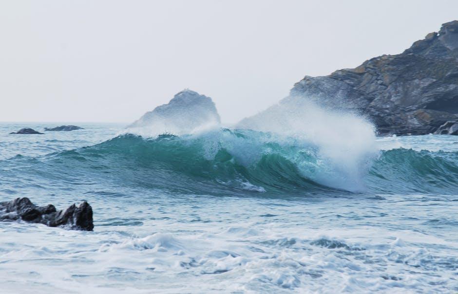 ocean-wave-blog.jpg