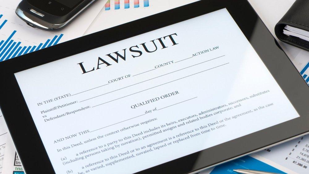 bettsllc litigation commercial services - 1600 x 900 px (1)-min.jpg