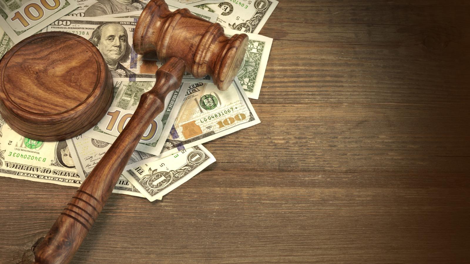 bettsllc litigation financial service litigation - 1600 x 900 px.jpg