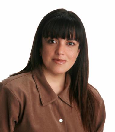 Cristina Herrera   Psicóloga, especialista en gerencia de recursos humanos, mercadeo y ventas, con más de 20 años de experiencia en procesos de gestión humana y como consultora externa de empresas en Colombia y multinacionales.