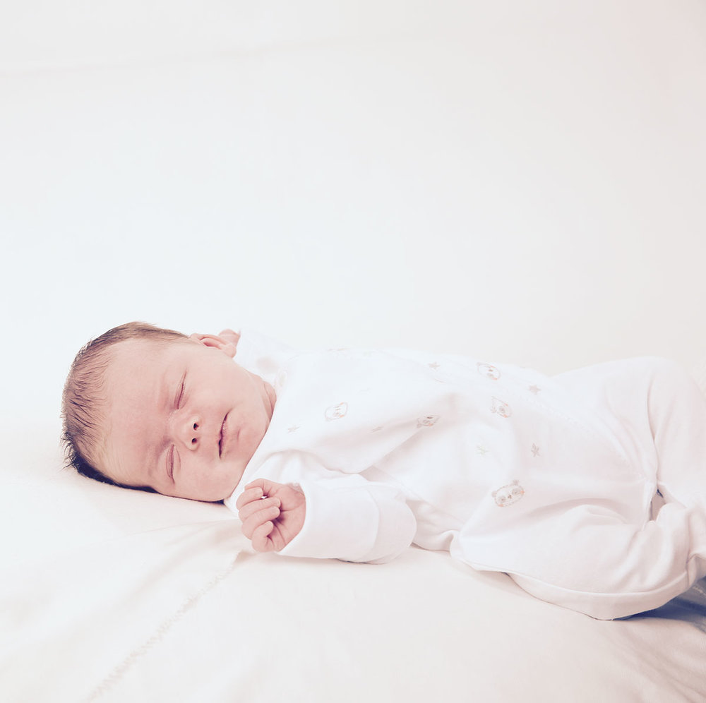 Benefits of Hypnobirthing - May reduce length of labourReduction in reported pain experiencedLess or no medication requiredLess medical intervention requiredLess physical risk of tearing, pelvic floor damage or episiotomyReduced fear and anxietyFeel calm, relaxed and in controlFeel confident and informedFeel confident to talk to medical staff