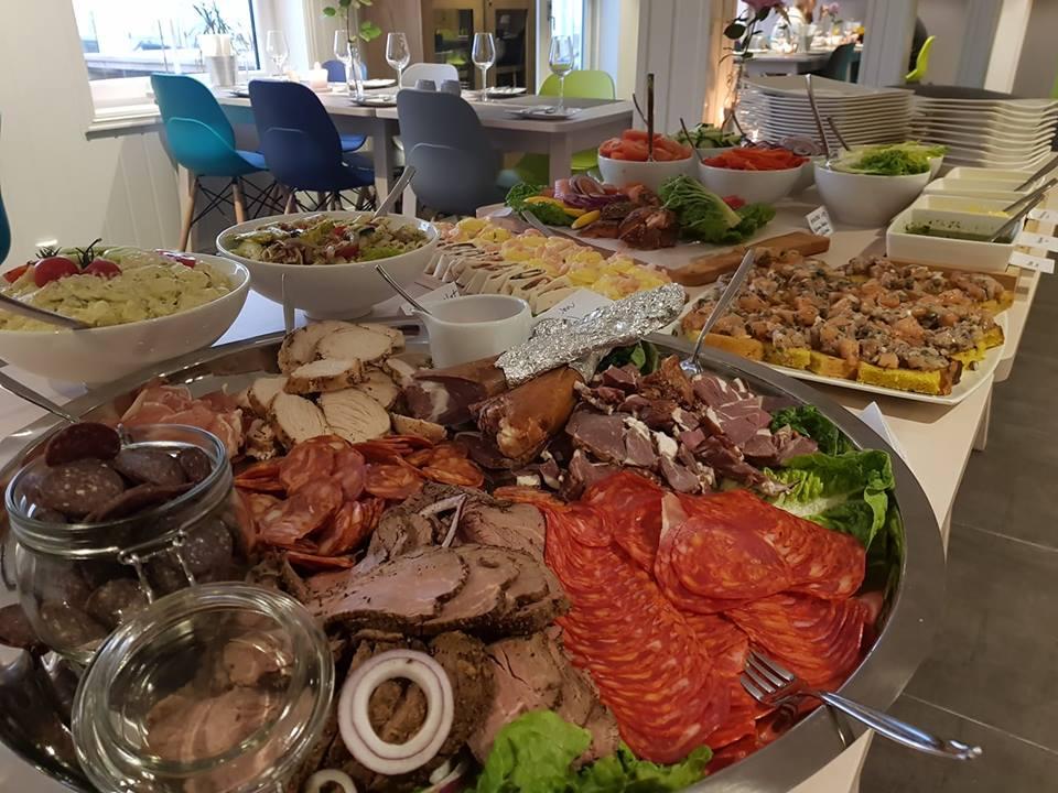 bilde buffet.jpg