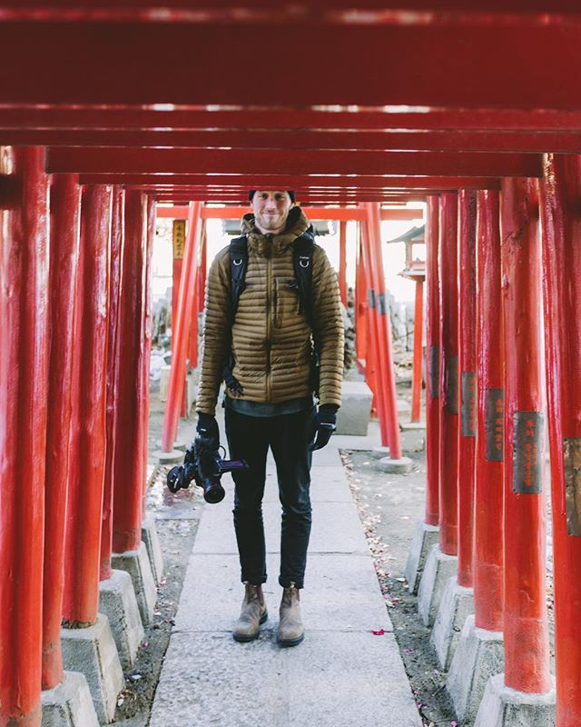 Just trying to fit in, Japan can be vertically challenging. P: @miraecampbell
