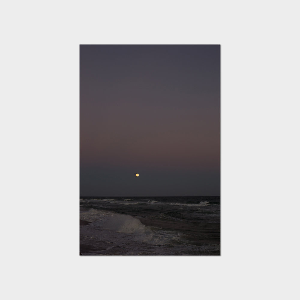 Wolfgang Tillmans,  Moonrise October , 2017.