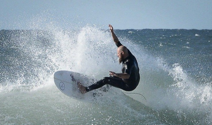 jack-surfing.jpg