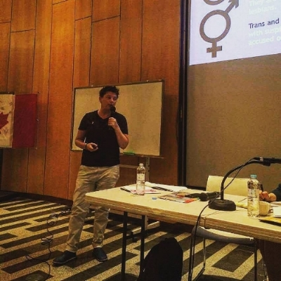 Keph Senett presents on homophobia in sport at the Canadian Embassy in Seoul, Korea