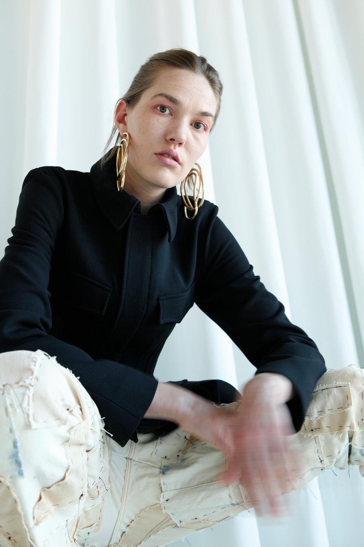 Design & Styling: Naïma Trabelsi Model: Julia Spörri Photography: Karin Zweidler