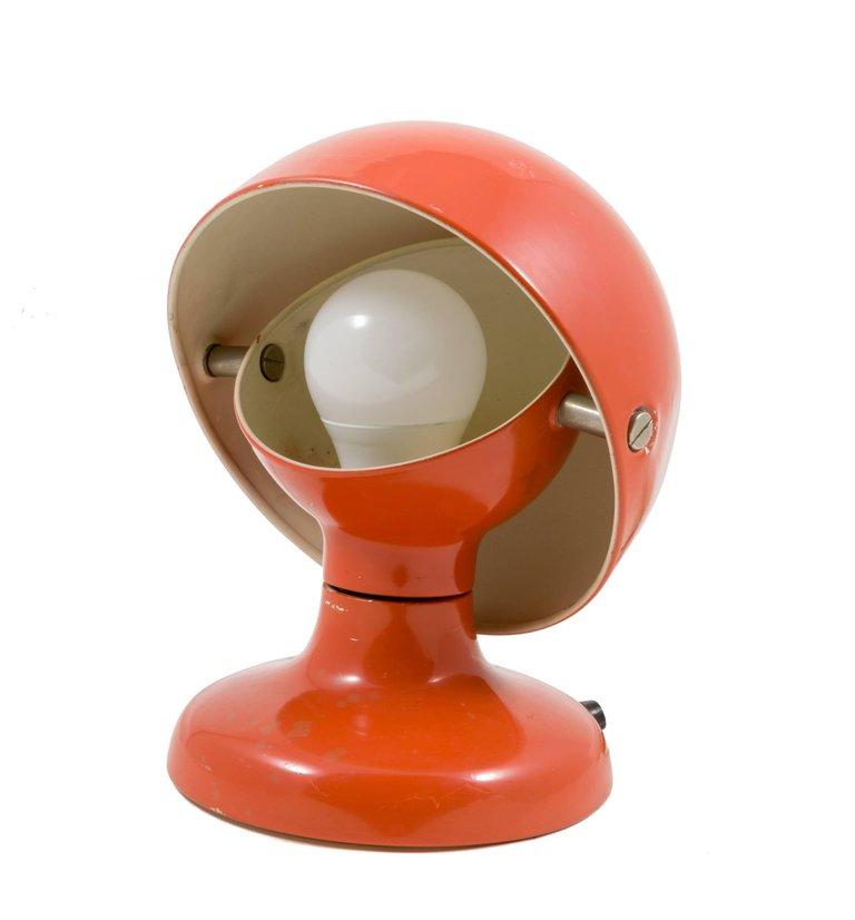 Small_Orange_Lamp_A_master.jpg