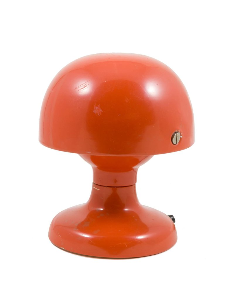 Small_Orange_Lamp_B_master.jpg