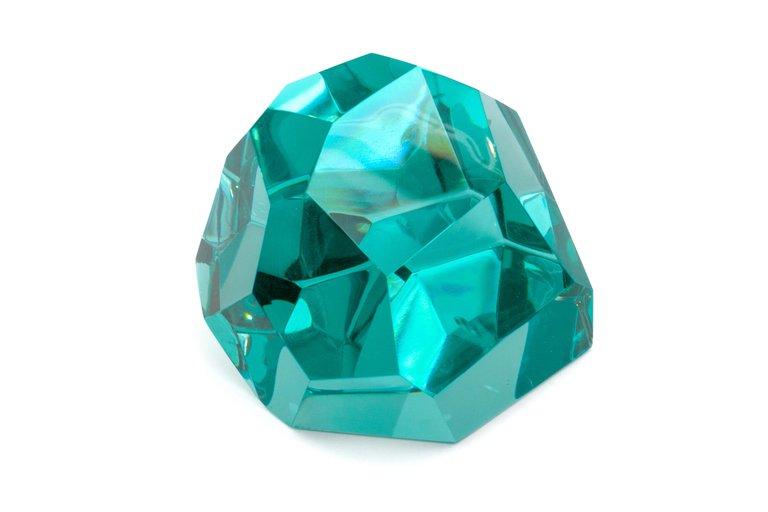 Glass_Pieces_x5_J_master.jpg