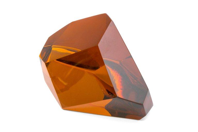Glass_Pieces_x5_F_master.jpg