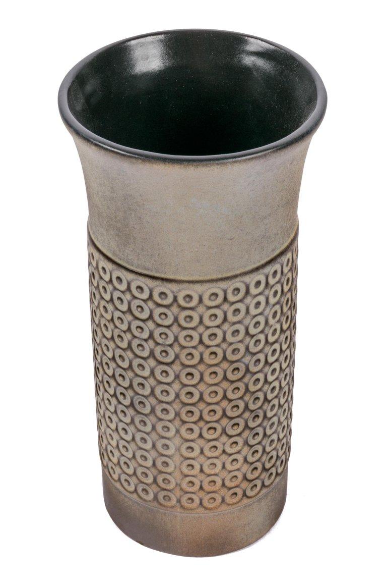 Embossed_Cylindrical_Vase_B_master.jpg