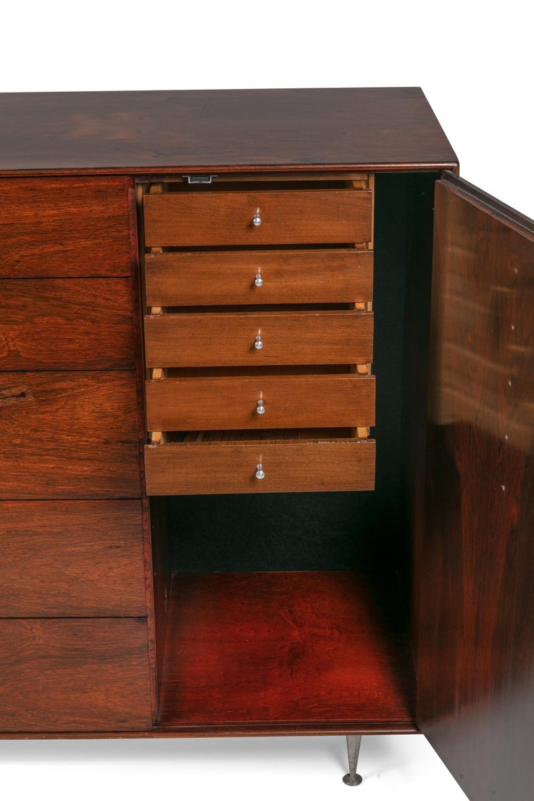 Chest_of_Drawers_D_master.jpg