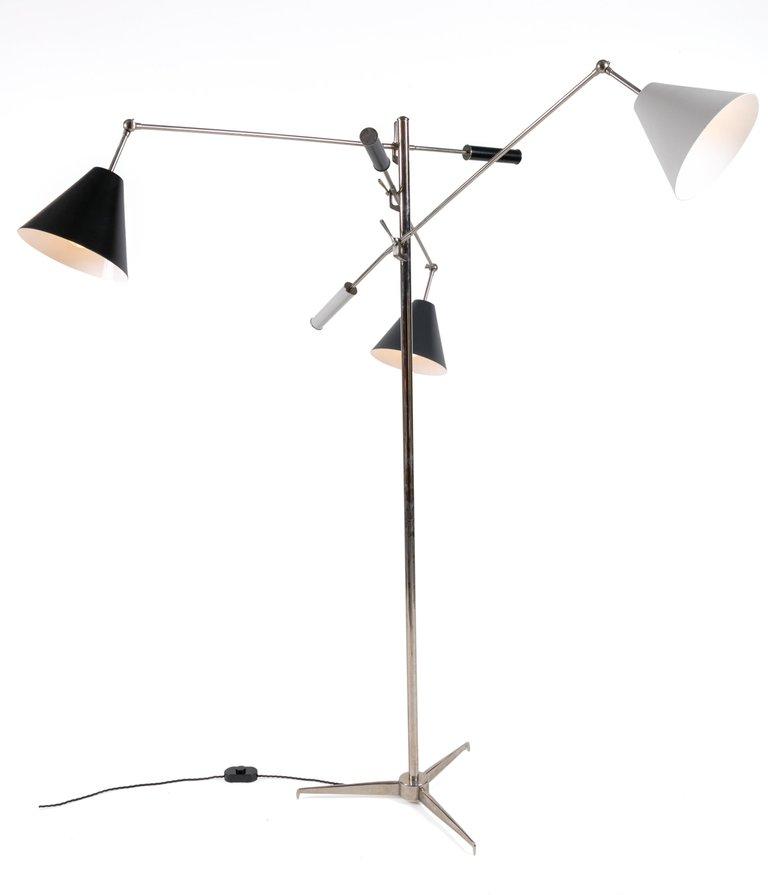 Trienale_Floor_Lamp_C_master.jpg