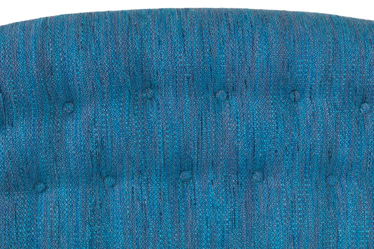 Blue_Tufted_Sofa_F_master.jpg
