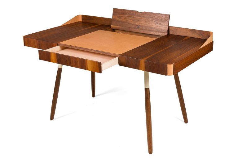 Wood_Leather_Desk_B_master.jpg