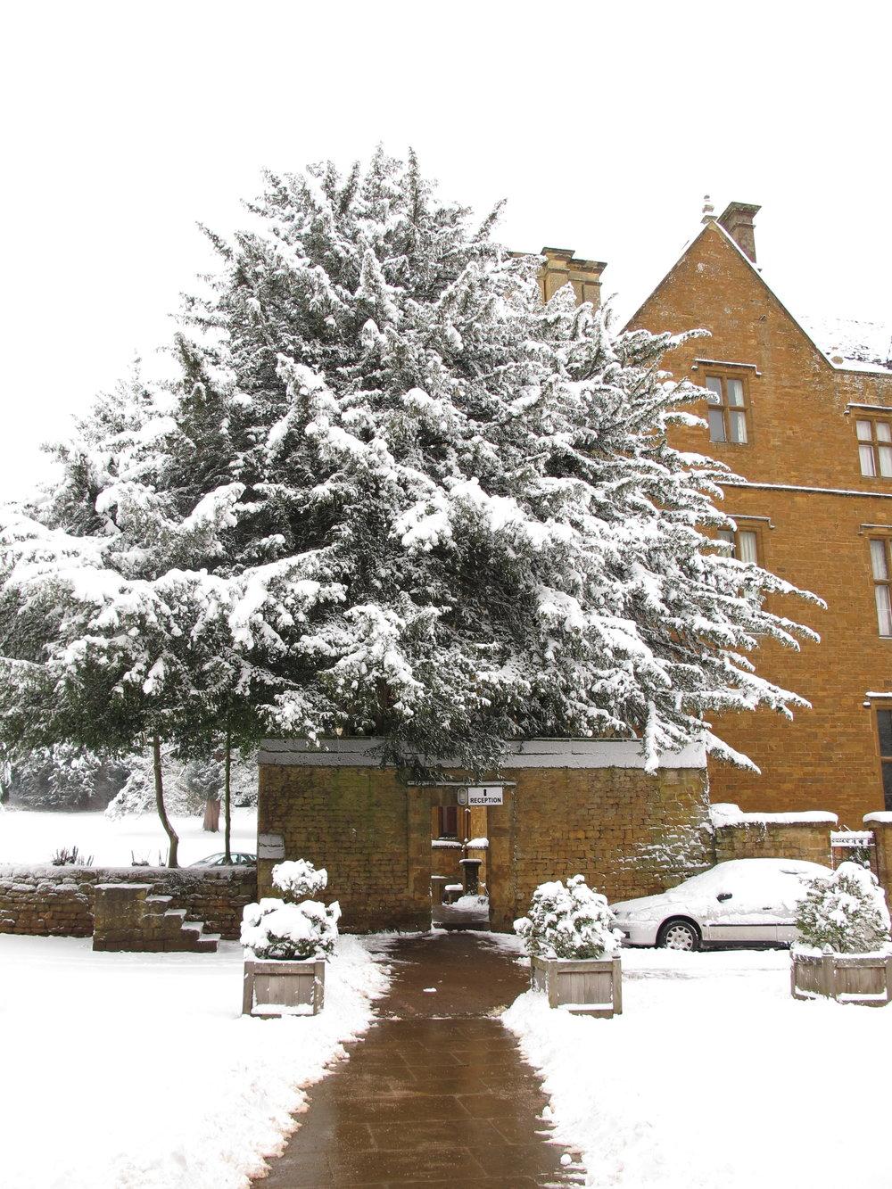 Snowstorm in Wroxton, U.K.