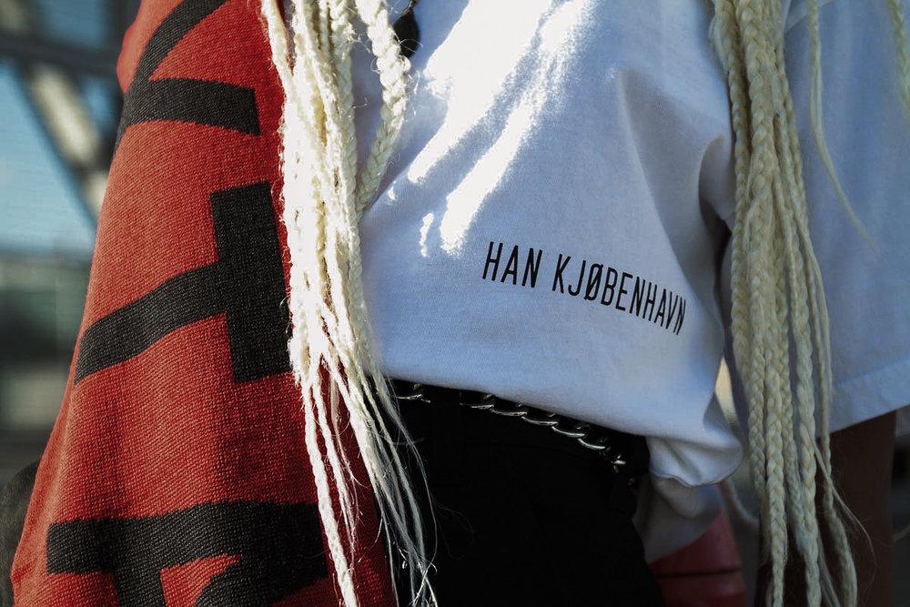 T-shirt: Han Kjøbenhavn