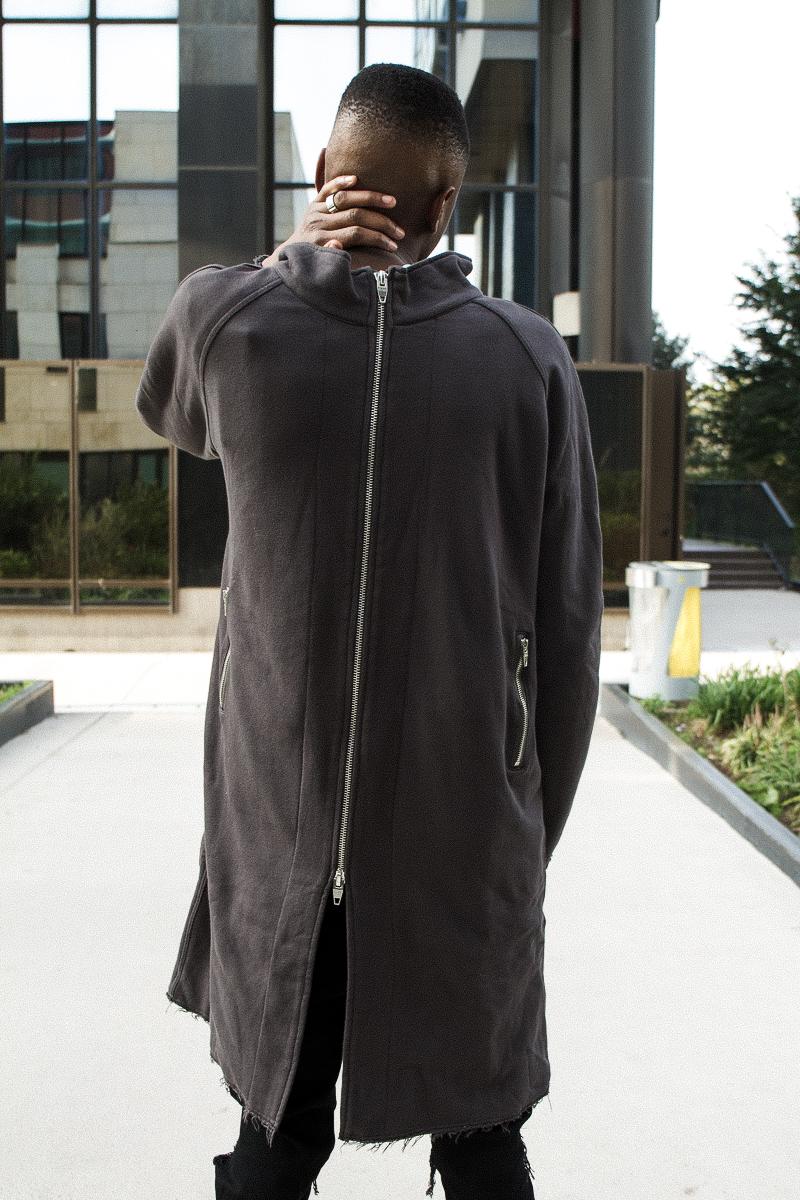 Zip-up sweater:   C2H4