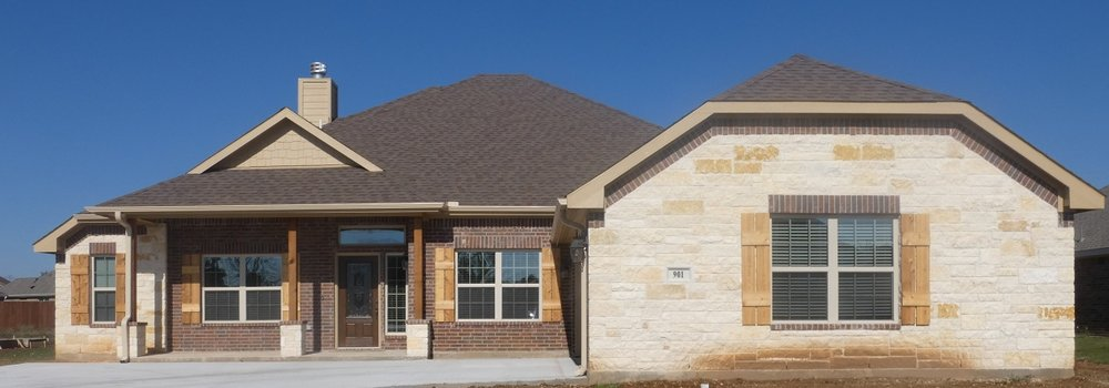 Exterior Photo 2 901 Elk Ridge Drive.jpg