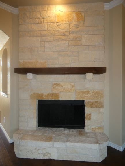Fireplace Pic 2 901 Elk Ridge Drive .JPG
