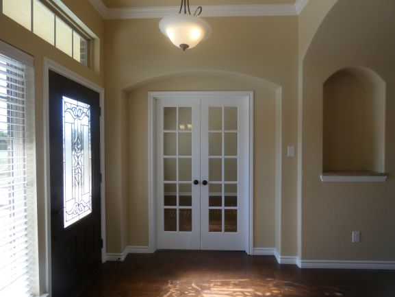 Front Door Entry & Study 901 Elk Ridge drive .JPG