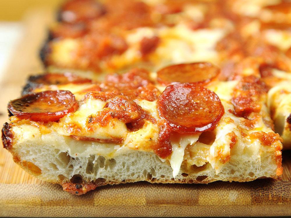20170216-detroit-style-pizza-51.jpg