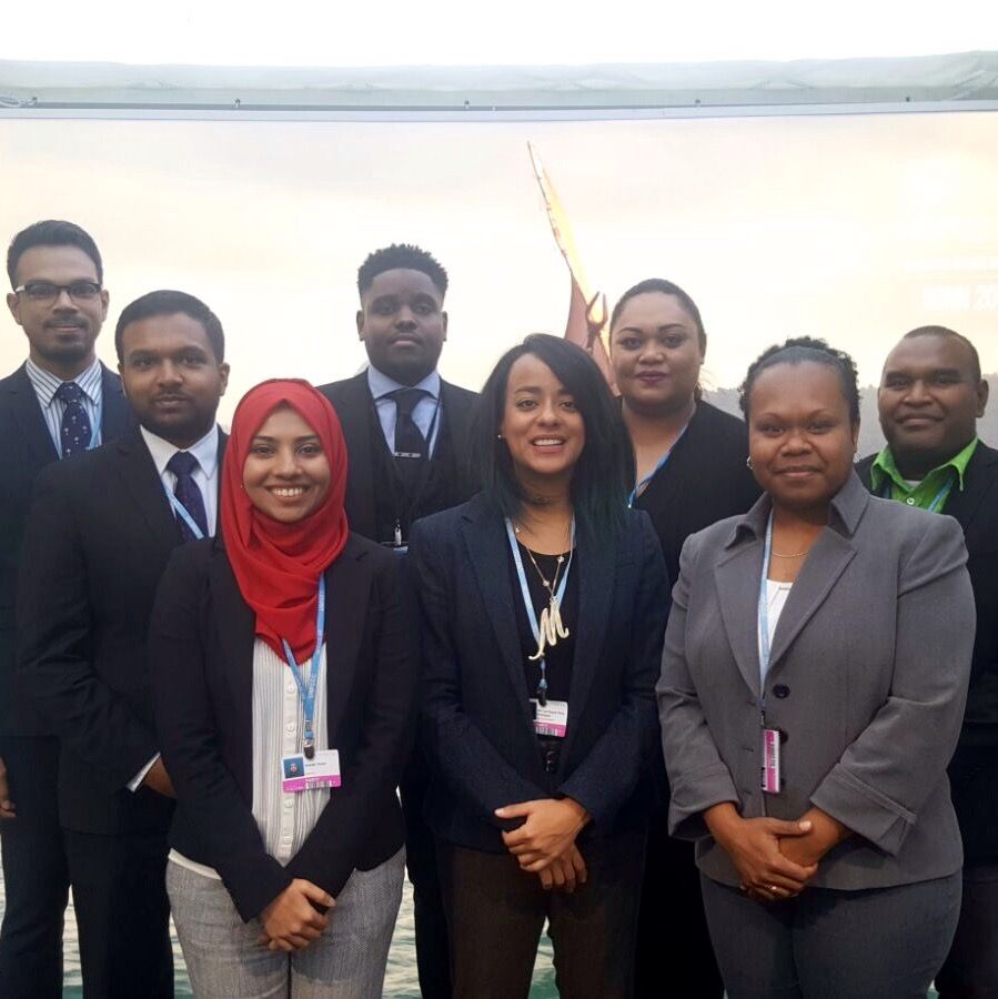 The 2017 Fellows and two former Fellows with Maldives State Minister H.E. Abdullahi Majeed at the May 2017 UNFCCC session.
