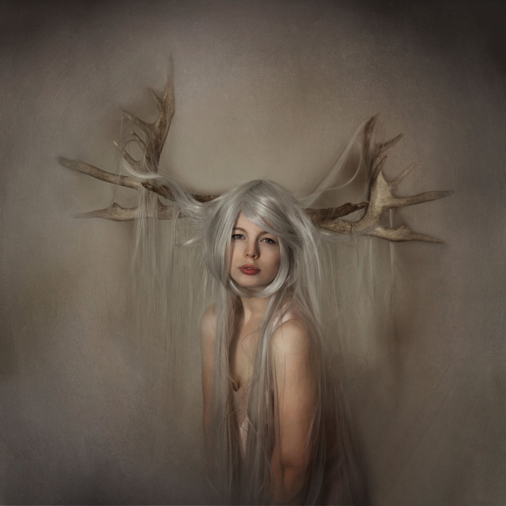 faunofmabon_beautiful_girl_with_antlers.jpg