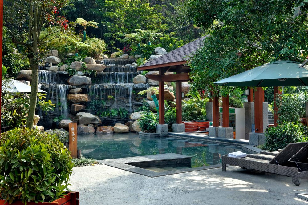 HuizhouTangquanResort_Pool.jpg