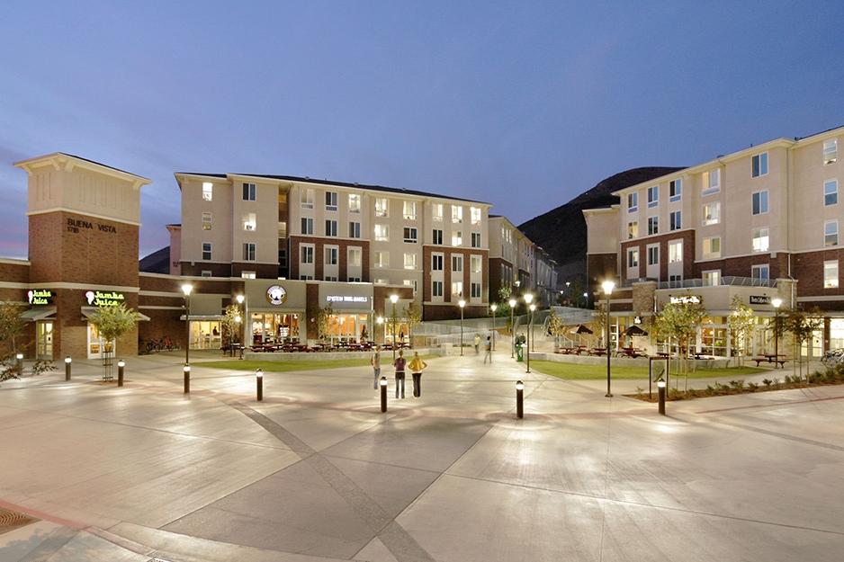 California Polytechnic State University</br><em>San Luis Obispo, California</em>|residencehalls