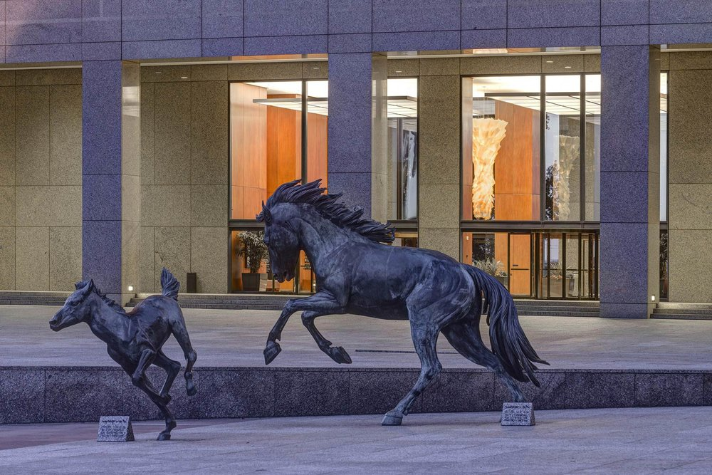 Williams-Square_Horses.jpg