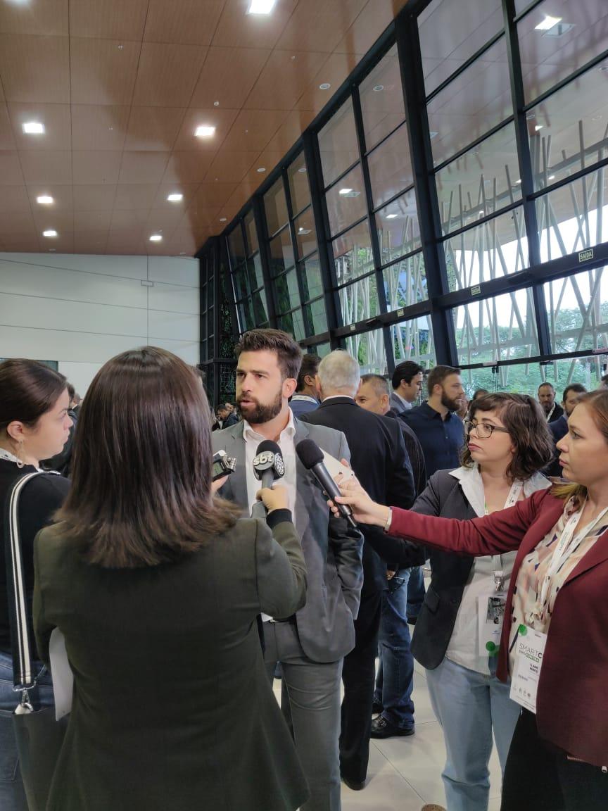 Caio Castro entrevista.jpeg