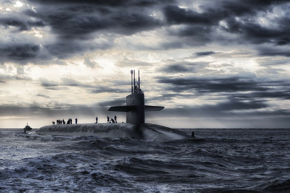 submarine-168884_1920.jpg