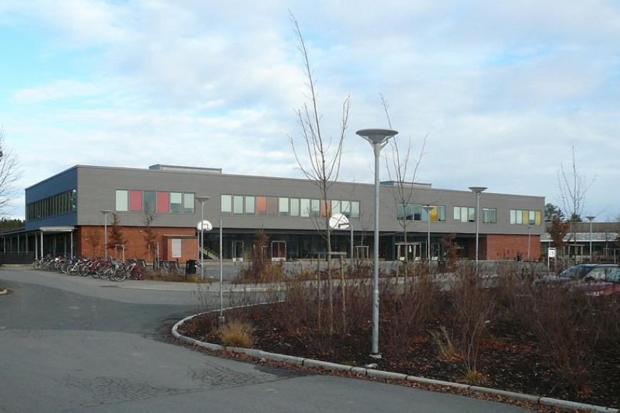 skole_Bingsfoss_Ungdomskole.JPG