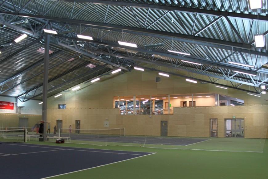Idrettshall_Stabekk_Tennis02.JPG