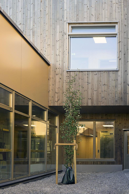 Planforum Arkitekter_Ytre Enebakk skole_Foto Eli Haugen Sandnes_Fasade 05.jpg