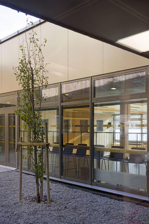Planforum Arkitekter_Ytre Enebakk skole_Foto Eli Haugen Sandnes_Fasade 08.jpg