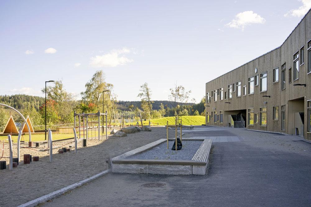 Planforum Arkitekter_Ytre Enebakk skole_Foto Eli Haugen Sandnes_Fasade 10.jpg
