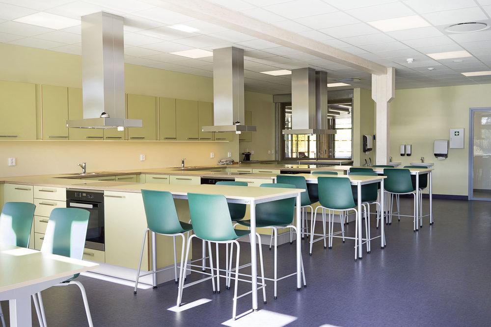 Planforum Arkitekter_Ytre Enebakk skole_Foto Eli Haugen Sandnes_Mat&helse 01.jpg