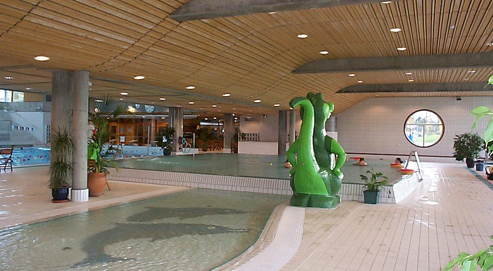 Nadderudhallen, svømme og idrettshall