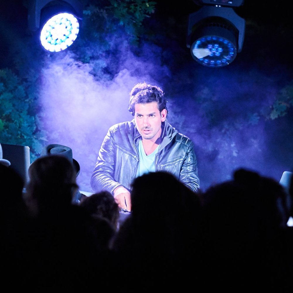 Florian Serra - DJ - Prestevent 3.jpg