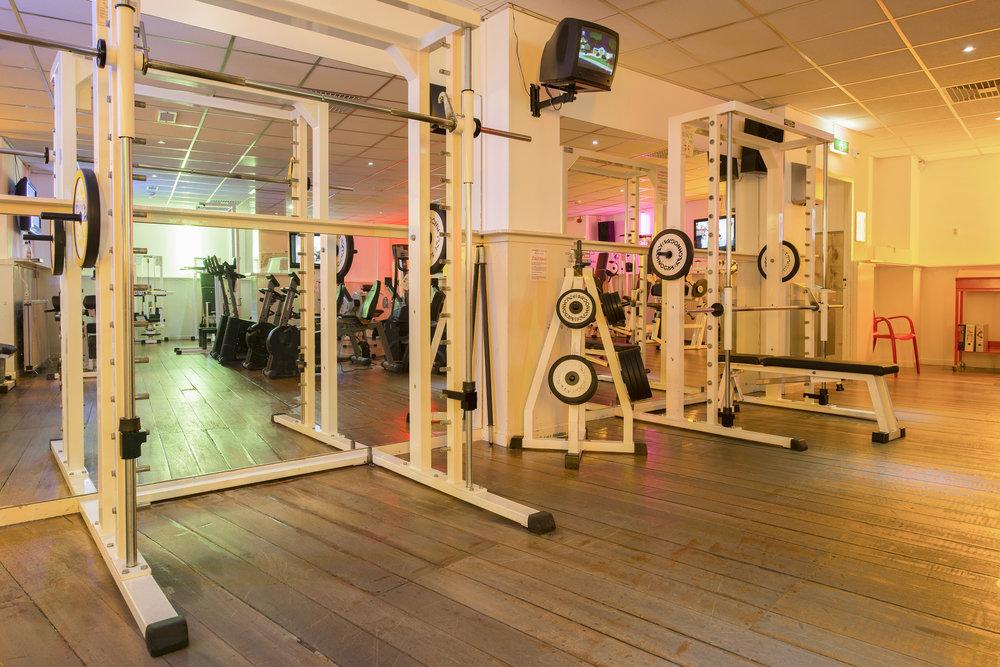 squatrekken - fitnesszaal   1ste verdieping