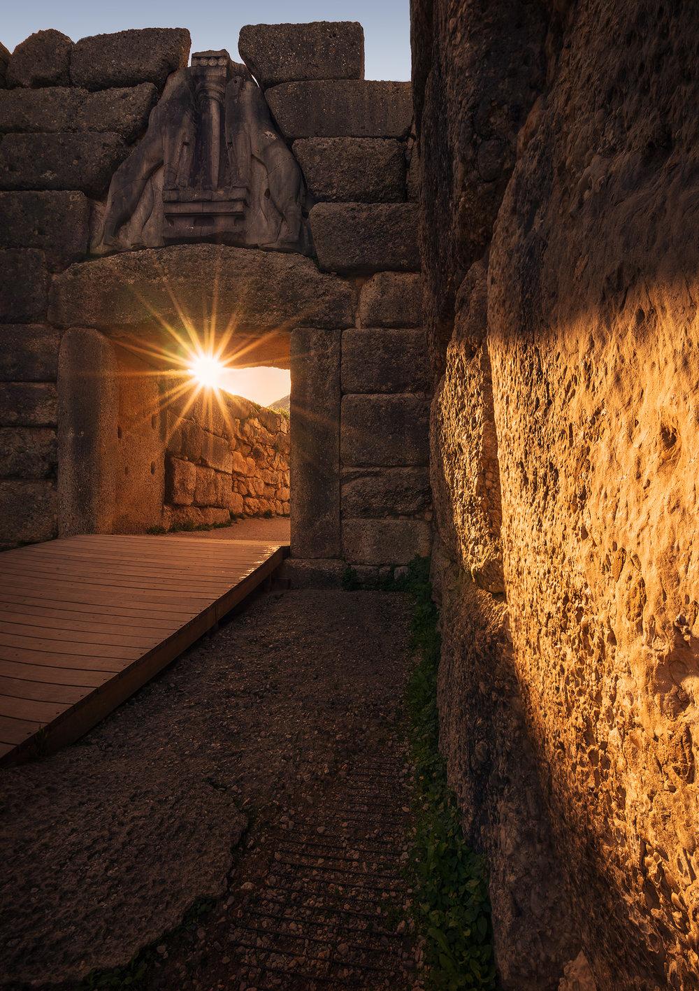 GATE OF LIONS - MYCENAE