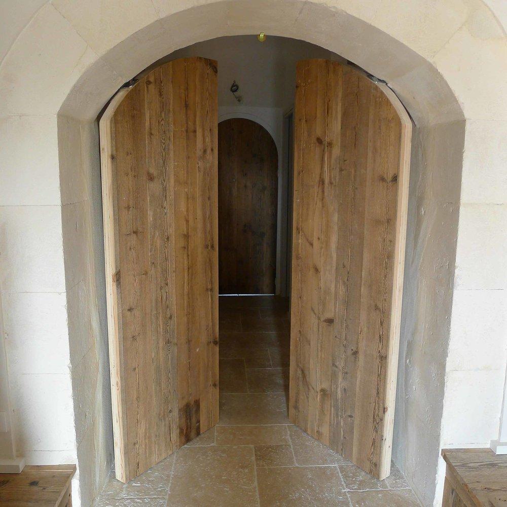 Porte 2 vantaux pivotants
